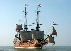 Bron: http://www.wikidelft.nl/index.php?title=Bestand:Zo_zag_een_spiegelretourschip_van_de_VOC_er_uit.jpg